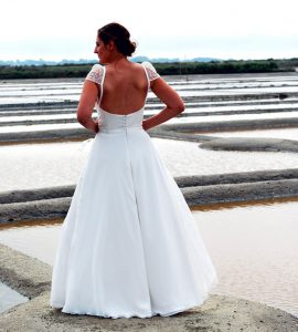 robe mariage bustier jupe fluide manches
